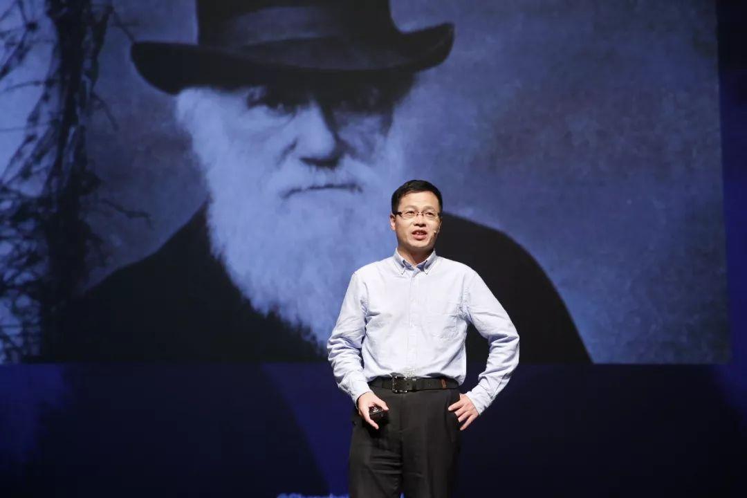 今天,达尔文的进化论过时了吗?